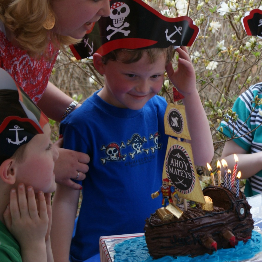 DIY pirate birthday party