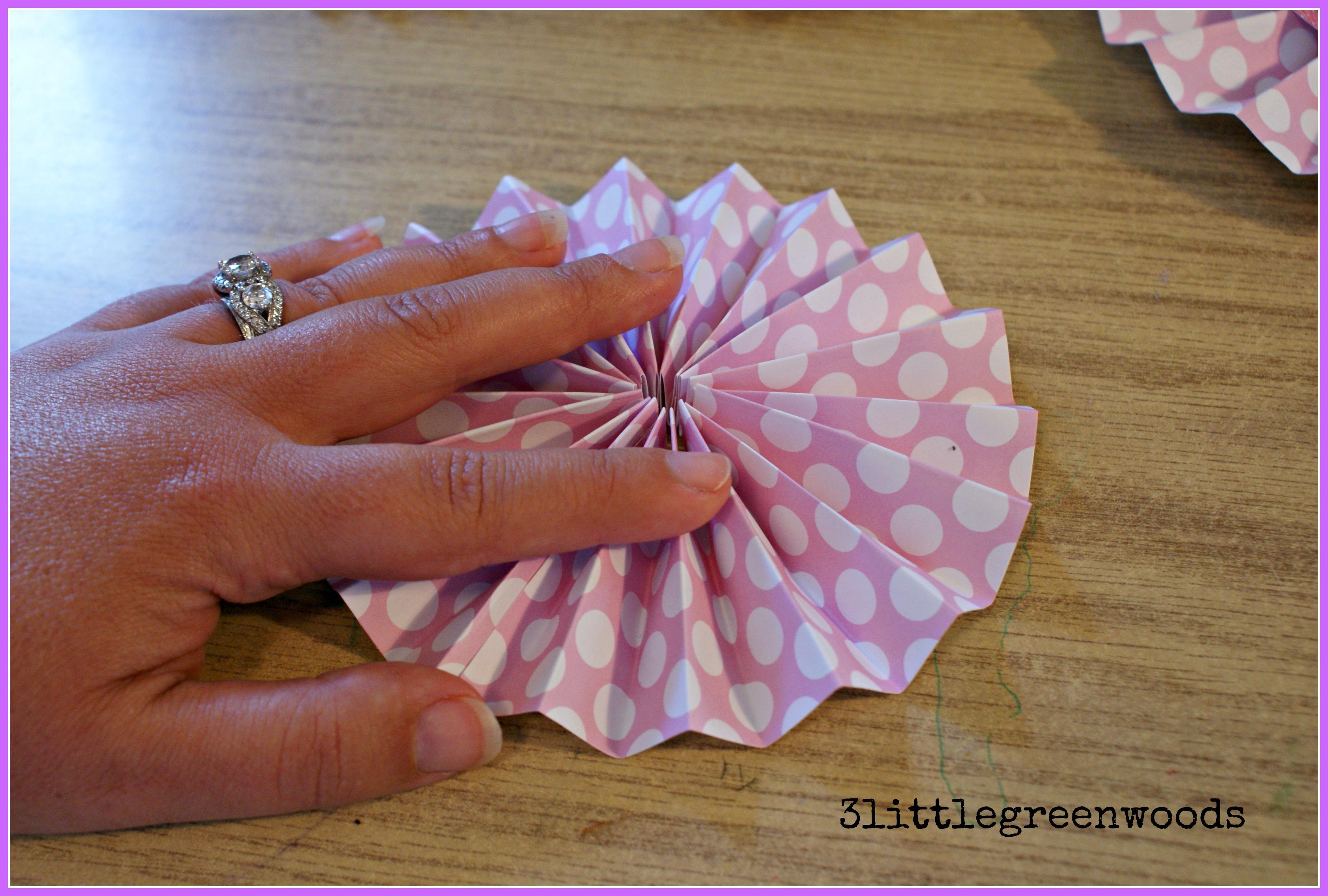 Paper Pinwheels Wall Art On A Budget 3 Little Greenwoods