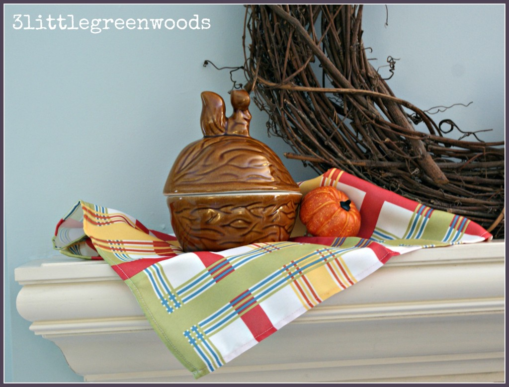 Red Barn Inspired Fall Mantel @ 3littlegreenwoods