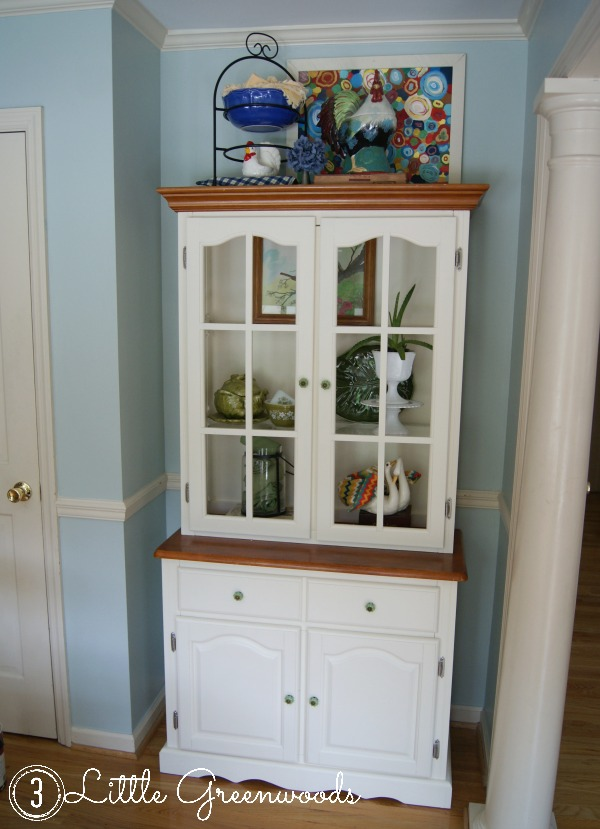 Fabulous Makeover of a $40 yard sale find! Come see how I updated this Kitchen Hutch with chalk paint!