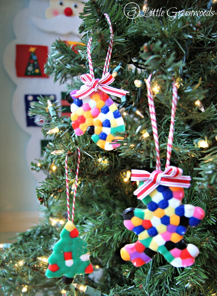 Melted Bead Christmas Ornament http://www.3littlegreenwoods.com