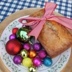 Spreading Holiday Cheer ~ Easy Banana Bread Recipe