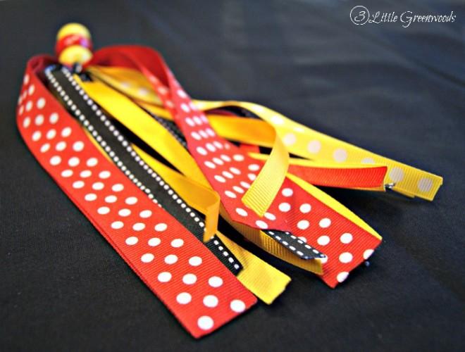 Disney Ribbon Tassel Keychain: Organize Me! http://www.3littlegreenwoods.com