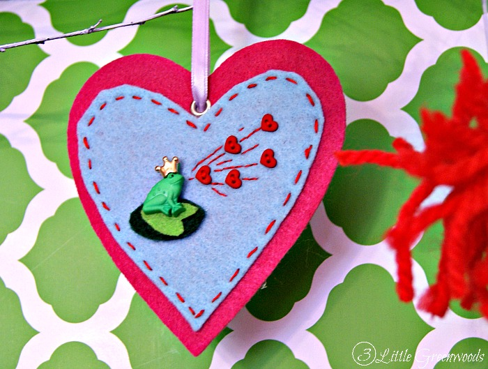 DIY Felt Frog Prince Ornaments for Valentine's Day ~ Guest Post by 3 Little Greenwoods