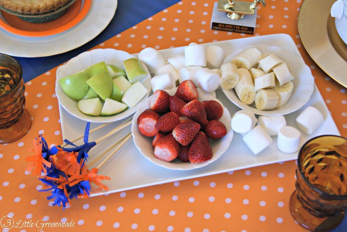 Celebrate the basketball players in your life with a Slam Dunk Basketball Party! Tips for planning, party decor, and a TWO ingredient Chocolate Fondue Recipe! http://www.3littlegreenwoods.com
