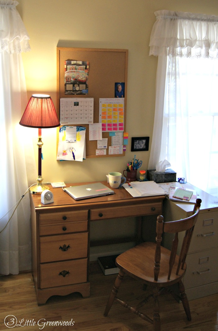 Ask and You Shall Receive Hand-Me-Downs: FREE Home Office Furniture! Perfect beginnings for our Home Office Update http://www.3littlegreenwoods.com