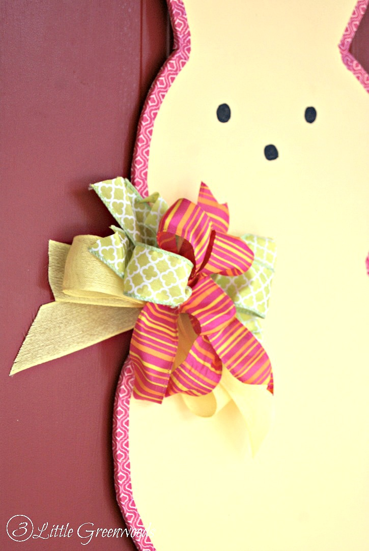 SUPER Simple Tutorial To Make An Easter Peeps Door Decor Fun Decoration Ideas Thats