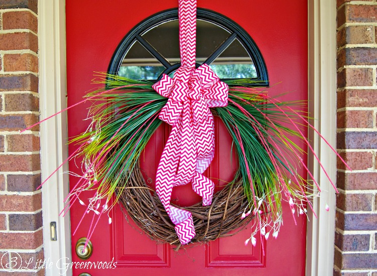 UNBELIEVABLY simple tutorial for a gorgeous Spring Grass Wreath by 3 Little Greenwoods #DIYWreath #Spring #SpringDecor