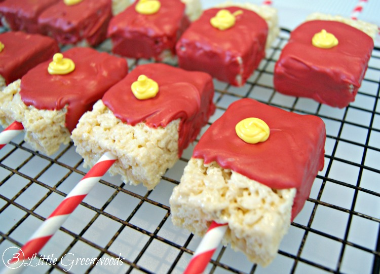 Fun and easy Iron Man Birthday Treats by 3 Little Greenwoods take just minutes to make and are perfectly scrumptious! They are perfect for Easy Avengers Party Ideas and will be a hit with the kids! #IronManBirthday #AvengersPartyIdeas