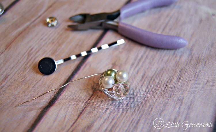 Simple DIY Hair Accessory ~ Bird's Nest Bobby Pins! Great tutorial for making your own by 3 Little Greenwoods