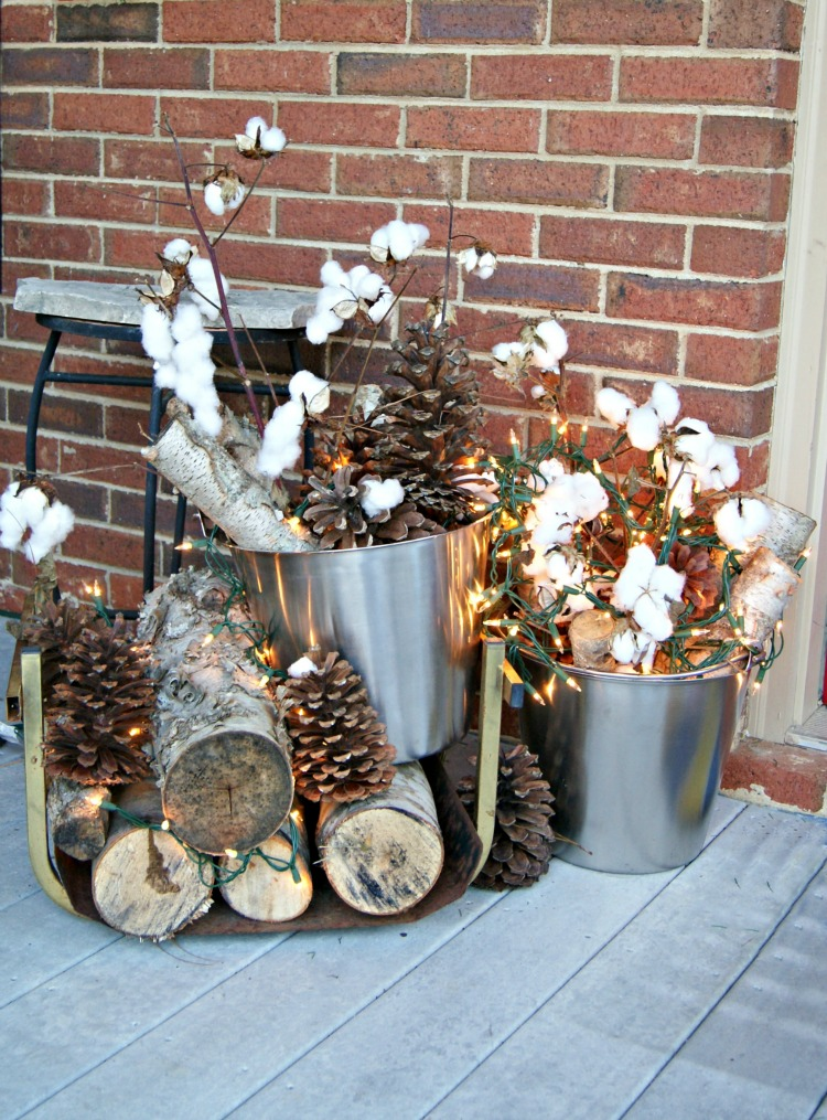 Winter Porch Decorating Ideas Part - 35: Donu0027t Give Up The Lights Of Holidays Yet! Decorate With These Front Porch