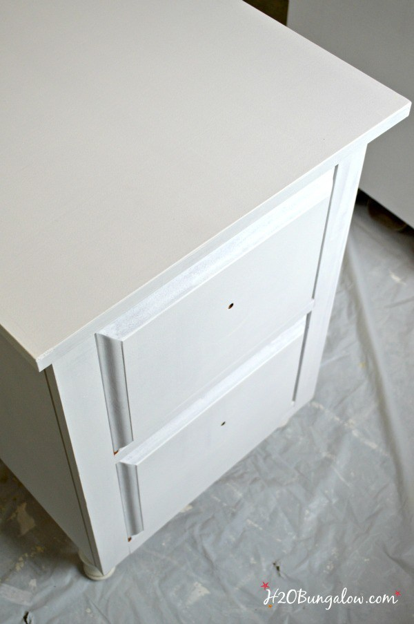 White-nightstands-with-Amy-Howard-Paint-H2OBungalow