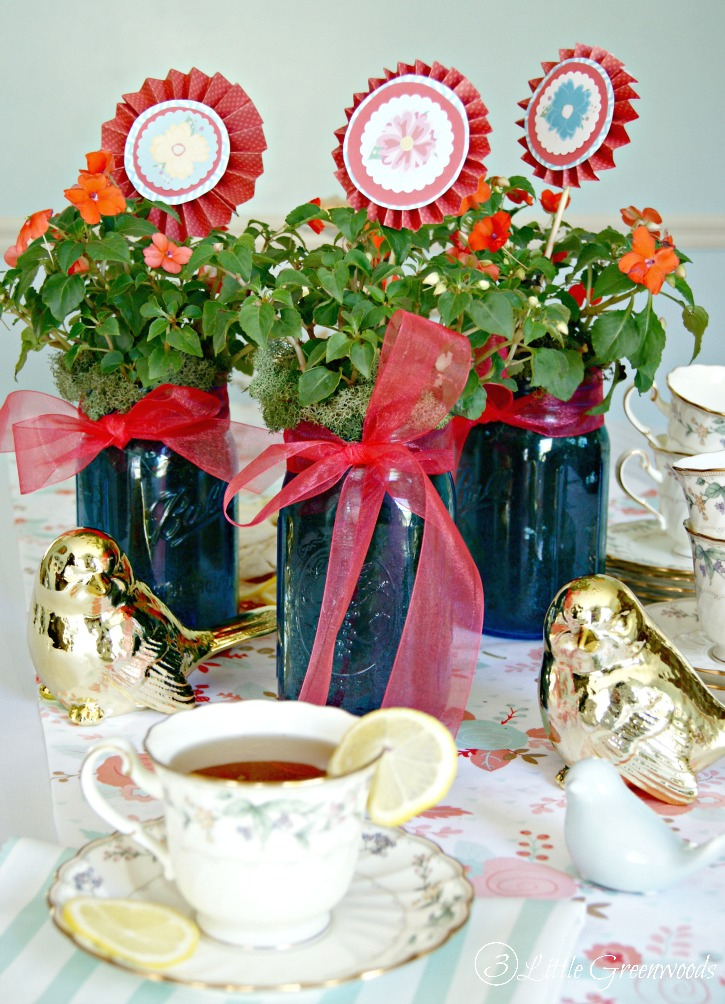 Tea Party Centerpiece for Mother\'s Day {A Mason Jar Craft}