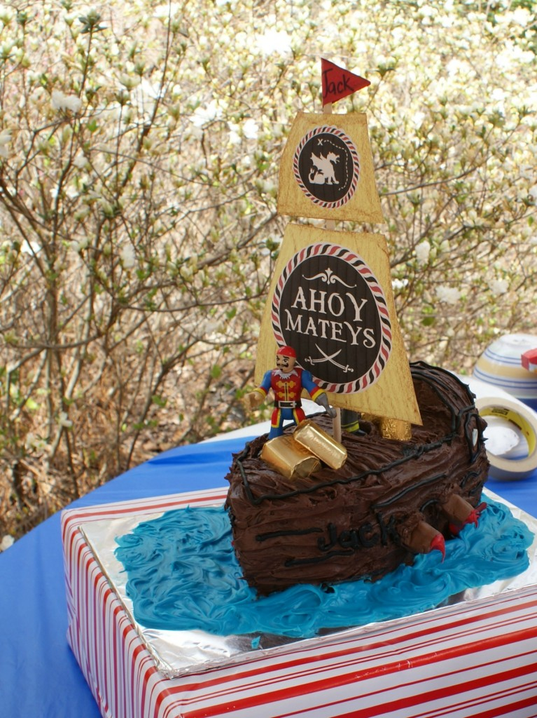 How to Make a Pirate Ship Birthday Cake! A fabulously, simple tutorial telling you exactly how to make a pirate ship cake for a pirate birthday party!