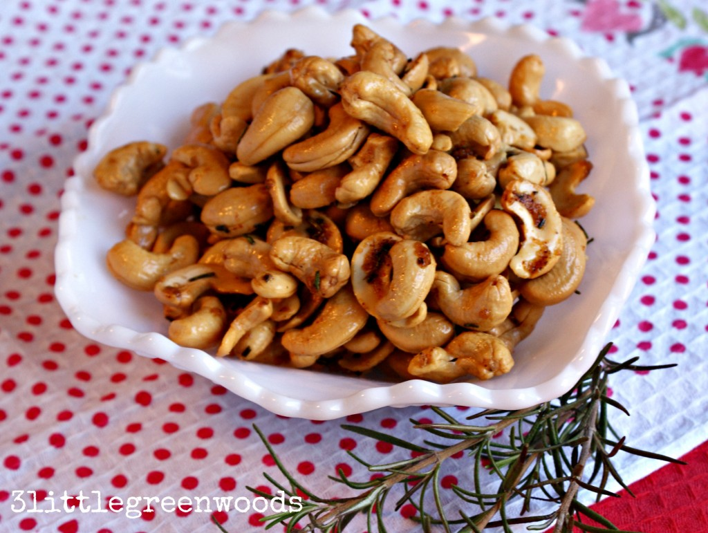 Spicy Rosemary Cashews by 3littlegreenwoods