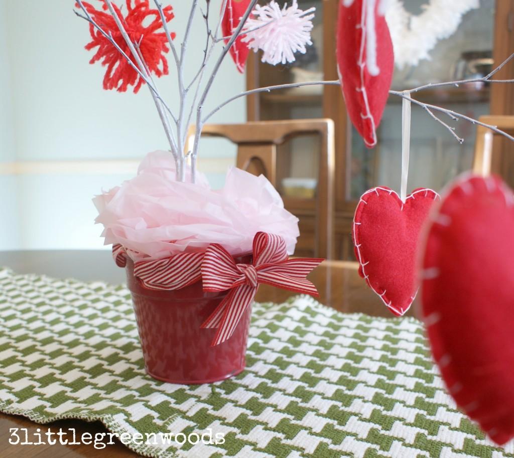 simple valentine decor