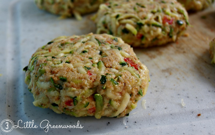 Crab Cakes by 3 Little Greenwoods