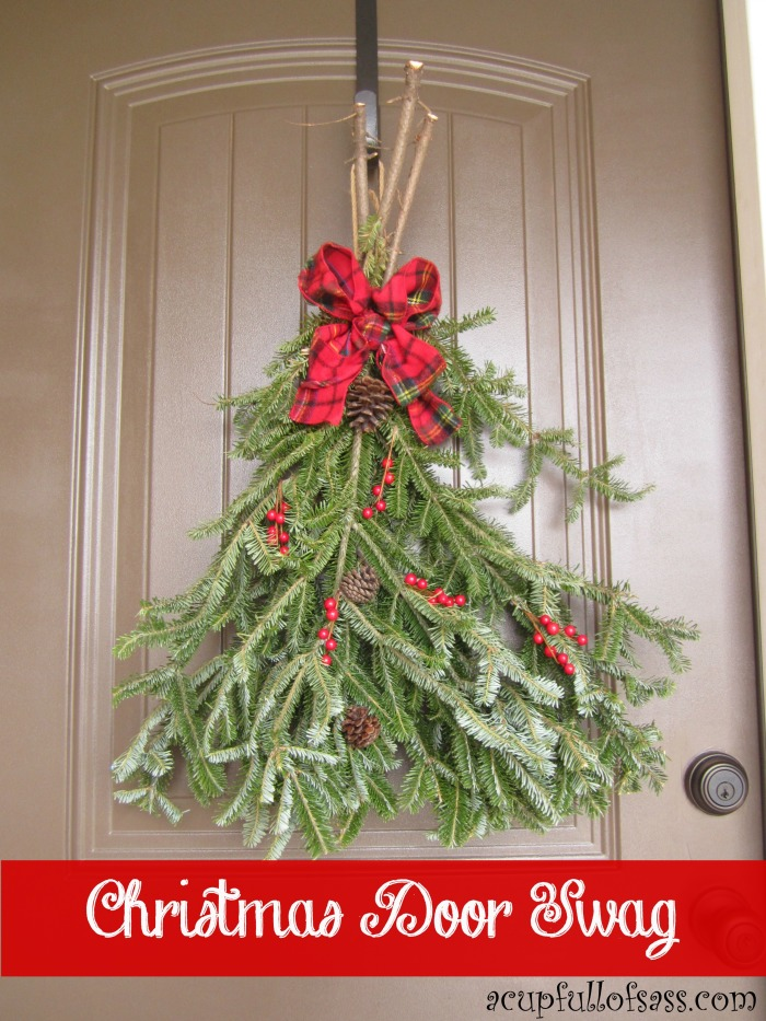christmas-door-swag-red-banner-700x933