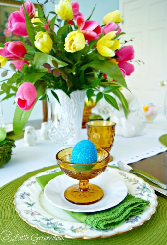 WONDERFULLY Thrifty Table Setting Ideas for Easter! Ways to Save on holiday decor!