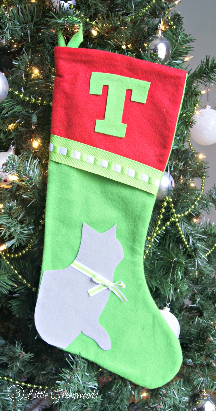 Christmas Stockings For Dogs.No Sew Christmas Stockings For Pets