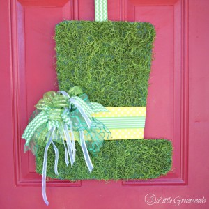 Celebrate St. Patrick's Day with an easy Leprechaun Hat that's a DIY Door Hanger! It's an easy Spring craft project that simple and inexpensive to make.